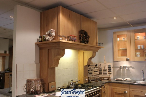 Keuken Schouw Hoogte : Schouw Houten Keuken op Maat – Landelijke en moderne houten keukens