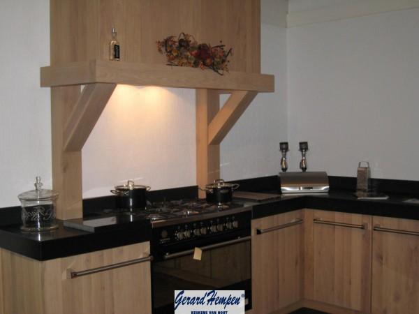 Keuken Strak Hout : Houten Schouw Houten Keuken op Maat – Landelijke en moderne houten