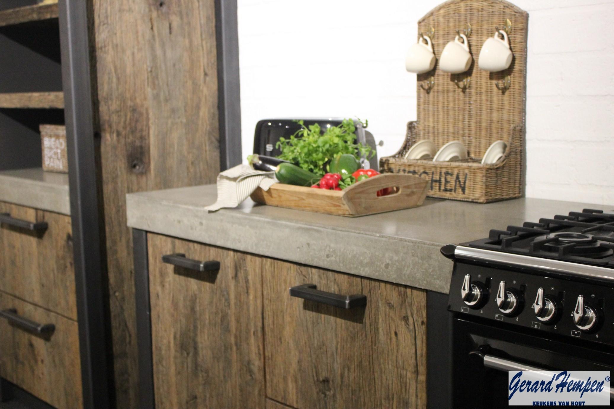 Houten keukens op maat landelijk stoer landelijke en for Stoer landelijk